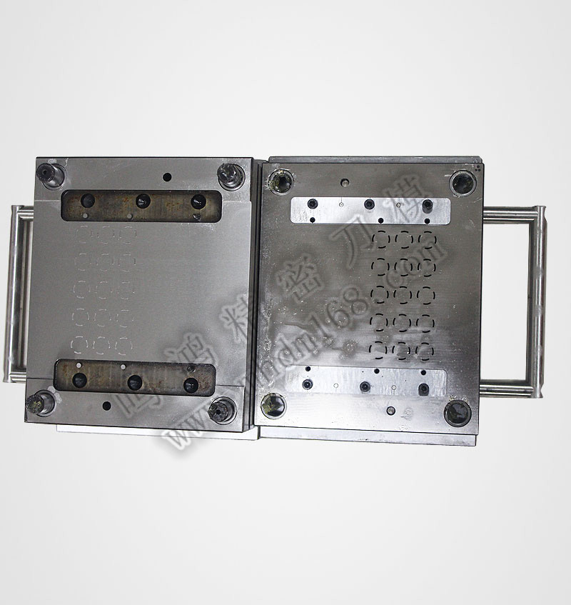 QDC五金模MH009