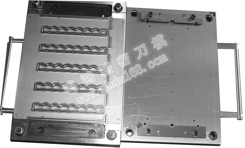 QDC五金模MH420435
