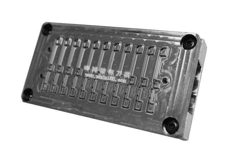 自动排废雕刻刀模MH320442