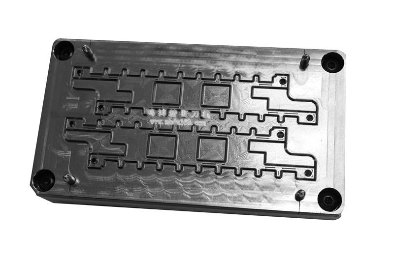 自动排废雕刻刀模MH320446