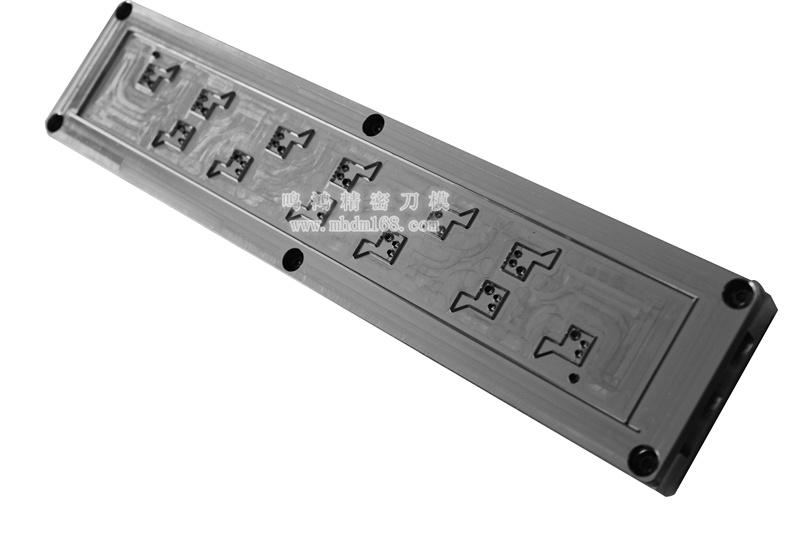 自动排废雕刻刀模MH320448