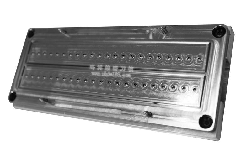 自动排废雕刻刀模MH320450