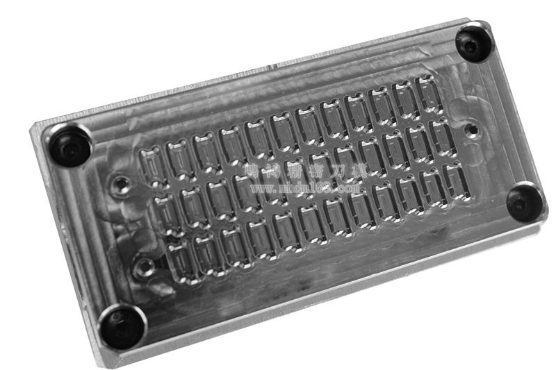 自动排废雕刻刀模MH320459