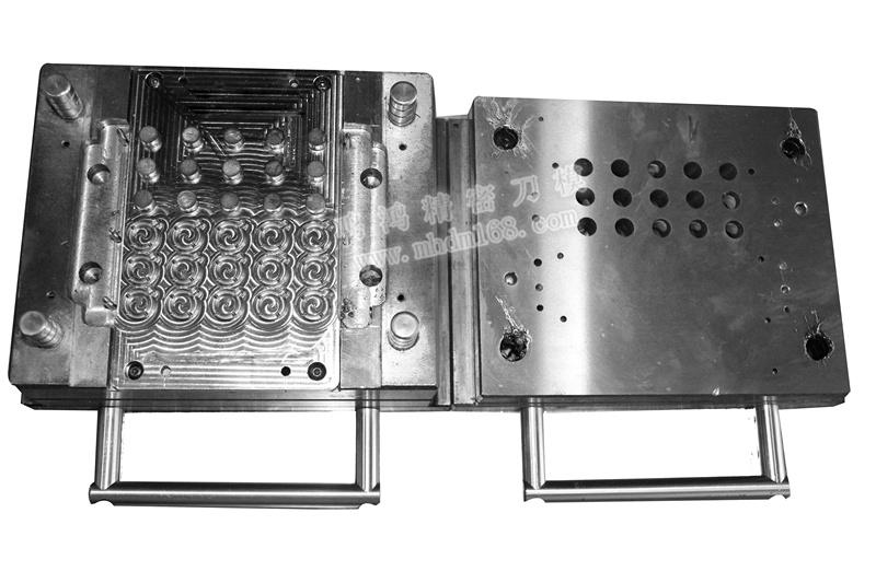 QDC五金模MH430444