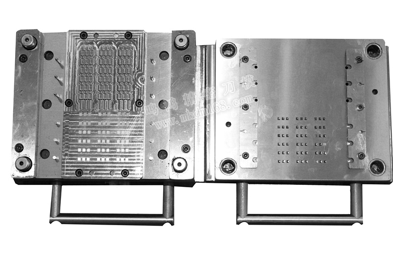 QDC五金模MH430445